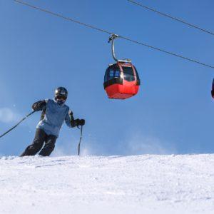 NARTY-STOK-ZIMA-SNOWBOARD